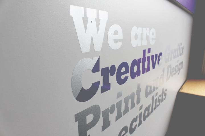 puregraphix_signage_printing_vinyl_lettering