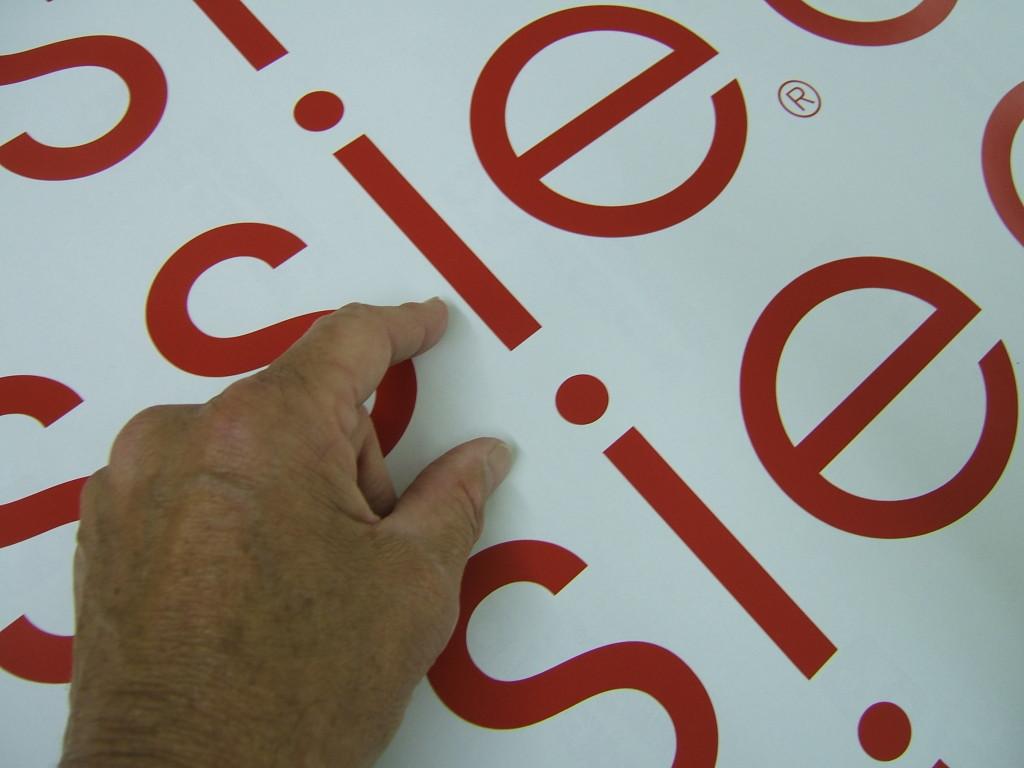 puregraphix_signage_printing_vinylcut_lettering